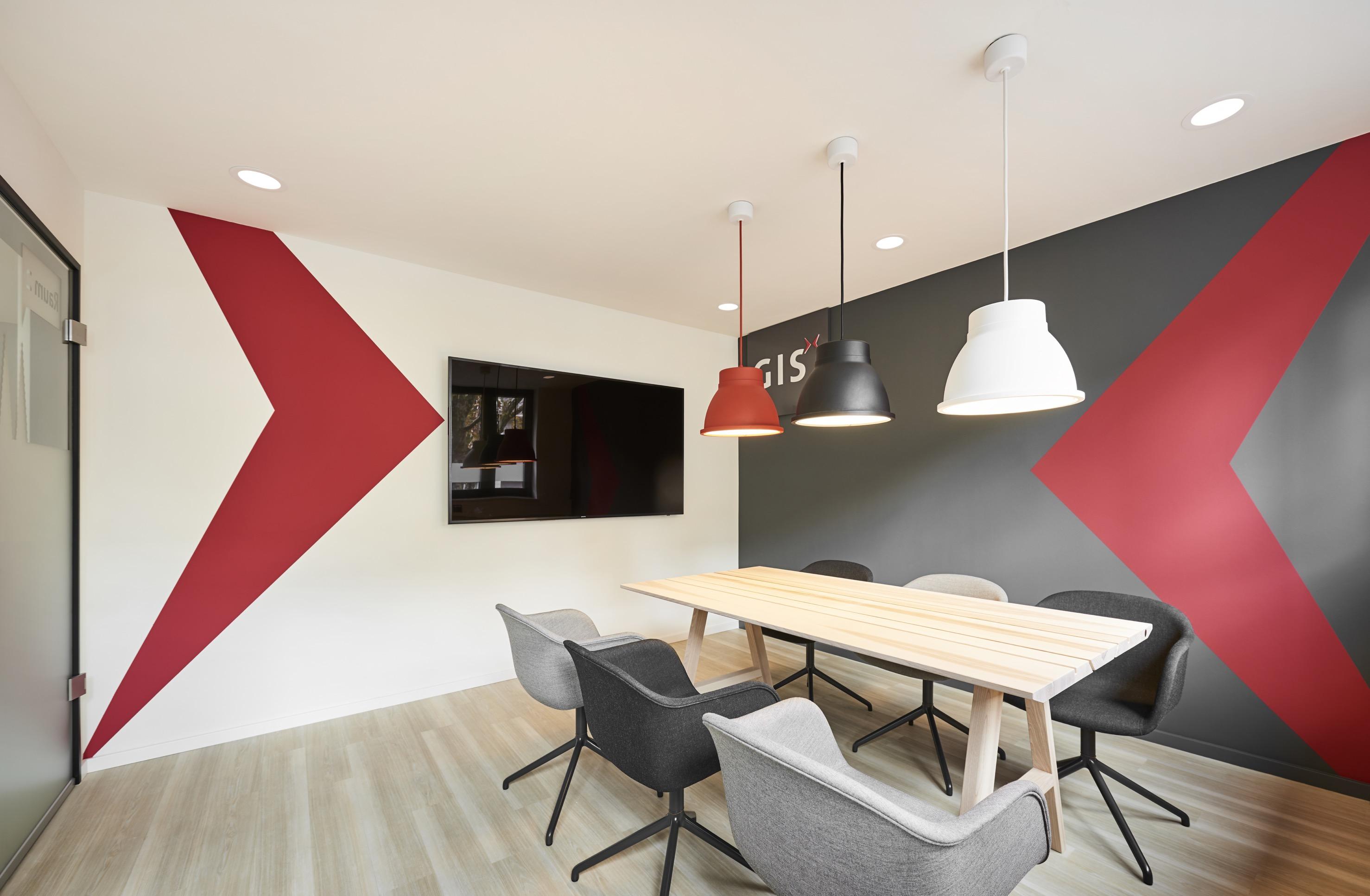 marke im raum erzeugt arbeitspl tze mit wohlf hlcharakter h1com ihre agentur f r. Black Bedroom Furniture Sets. Home Design Ideas